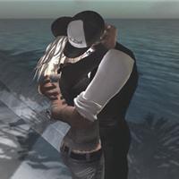 ** HUG ME **